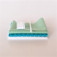 Bild von Set für extra Puppenkleid - Lebendiges Blau - Pastellgrün